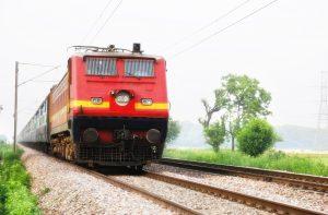ट्रेन की लाइव लोकेशन कैसे चेक करें